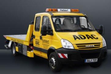 Abschleppwagen von Vorne ADAC